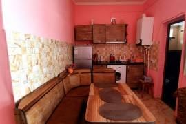 Daily Apartment Rent, Old building, Borjomi