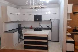 For Rent, Old building, Benze (Tamara District)