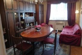 Продается квартира, Старое здание, Исани