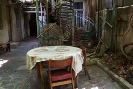 ქირავდება ბინა, ძველი აშენებული, საბურთალო