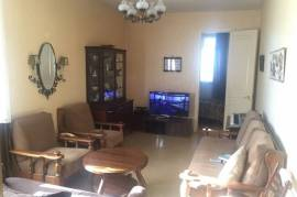 Apartment for sale, Old building, Isani