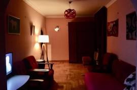 Продается квартира, Старое здание, Глдани