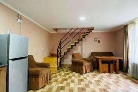 Аренда квартир посуточно, Новостройка, Ликани