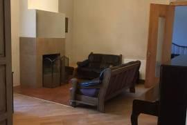 For Rent, Old building, Mtatsminda