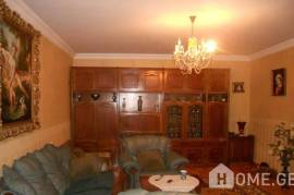 Apartment for sale, Old building, Varketili