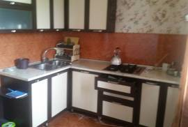 Apartment for sale, Old building, Mukhiani