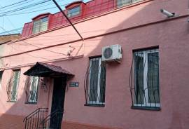 Apartment for sale, Old building, Mtatsminda