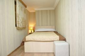 სასტუმრო, ქირავდება დღიურად დუპლექსის ტიპის ბინა ორბი რეზიდენტში.