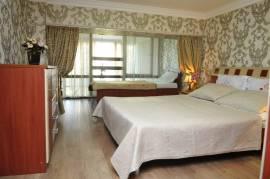 სასტუმრო, ქირავდება თვიურად დუპლექსის ტიპის ბინა ორბი რეზიდენტში.