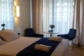 """სასტუმრო, ქირავდება დღიურად სტუდიოს ტიპის აპარტამენტი """"ორბი სითიში"""".42 სართულზე."""